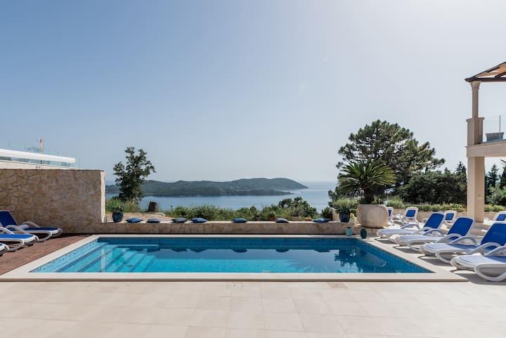 Villa in Dubrovnik, Sea View