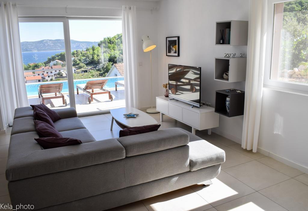 Villa in Zadar Region, Sea View