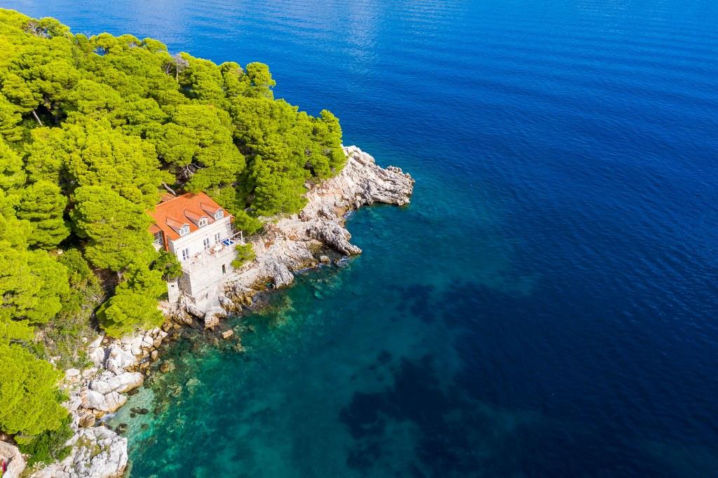 Seafront Villa in Dubrovnik