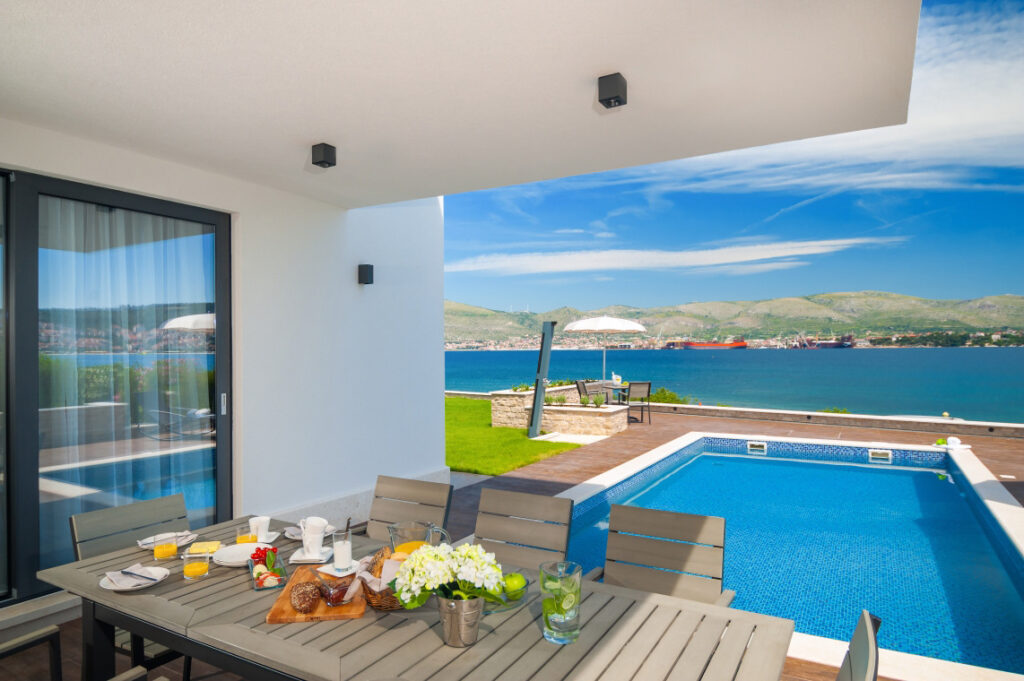 Seafront Villa, Split