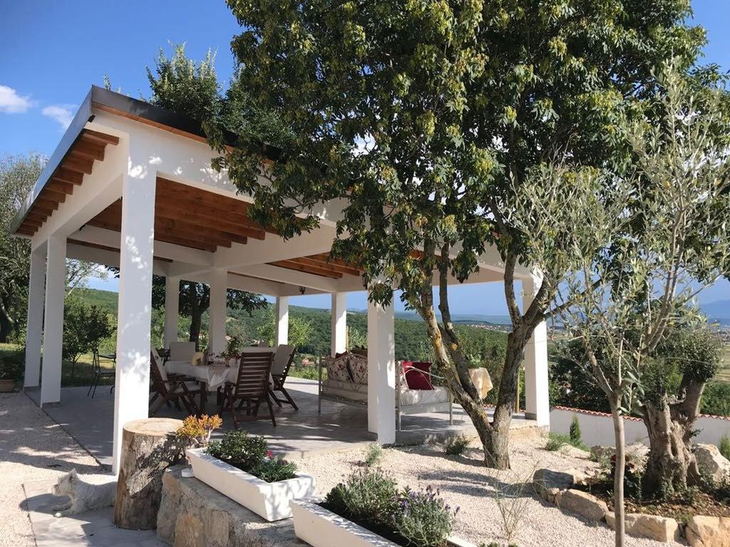 3 Stone Houses in Split Region 20