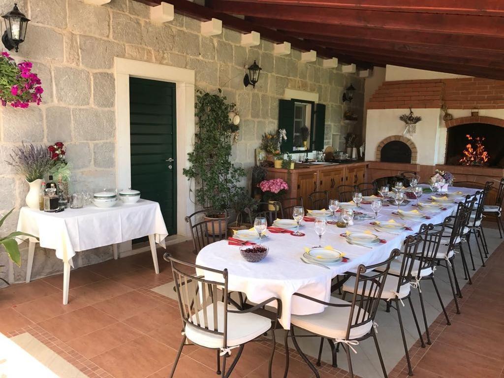 3 Stone Houses in Split Region 23