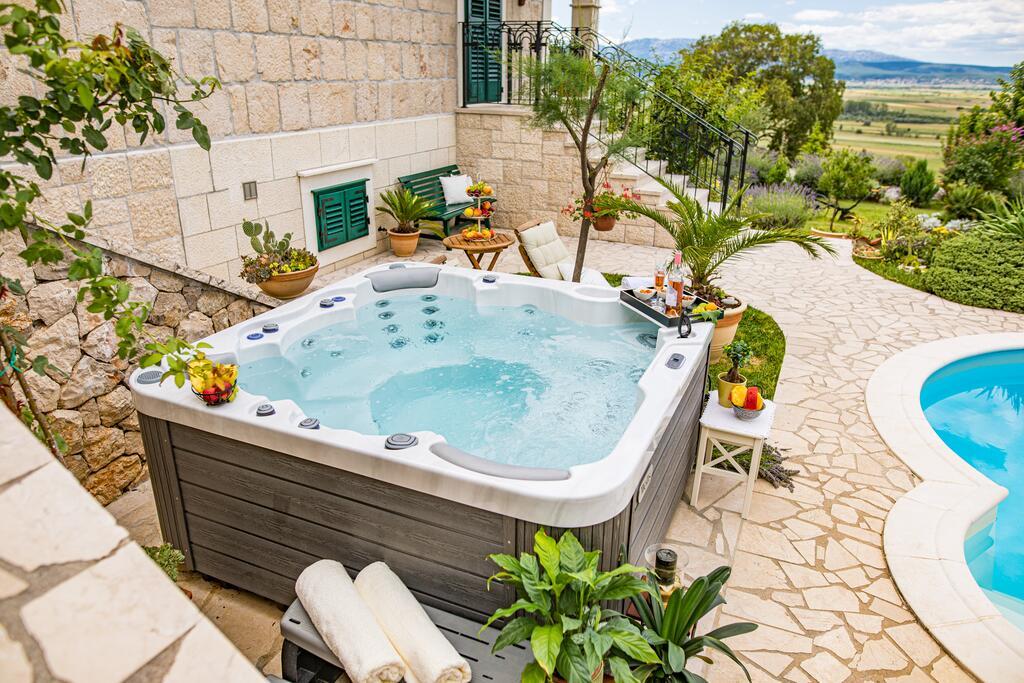 3 Stone Houses in Split Region 30