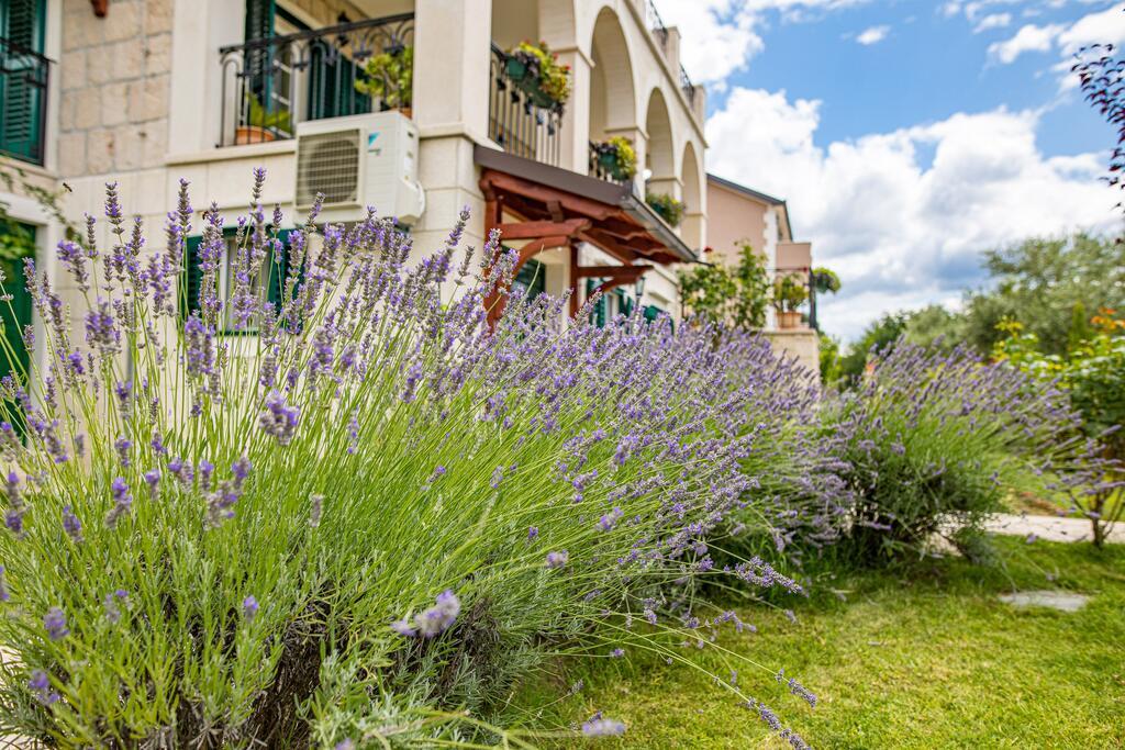 3 Stone Houses in Split Region 35