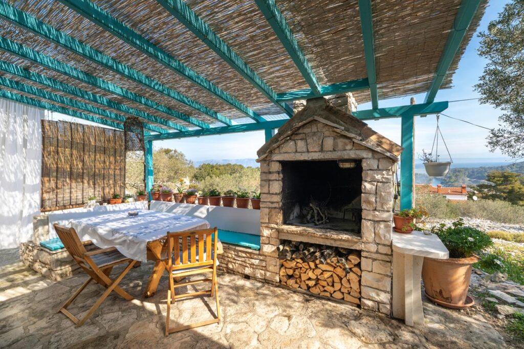 Stone Cottage on Korcula Island 4