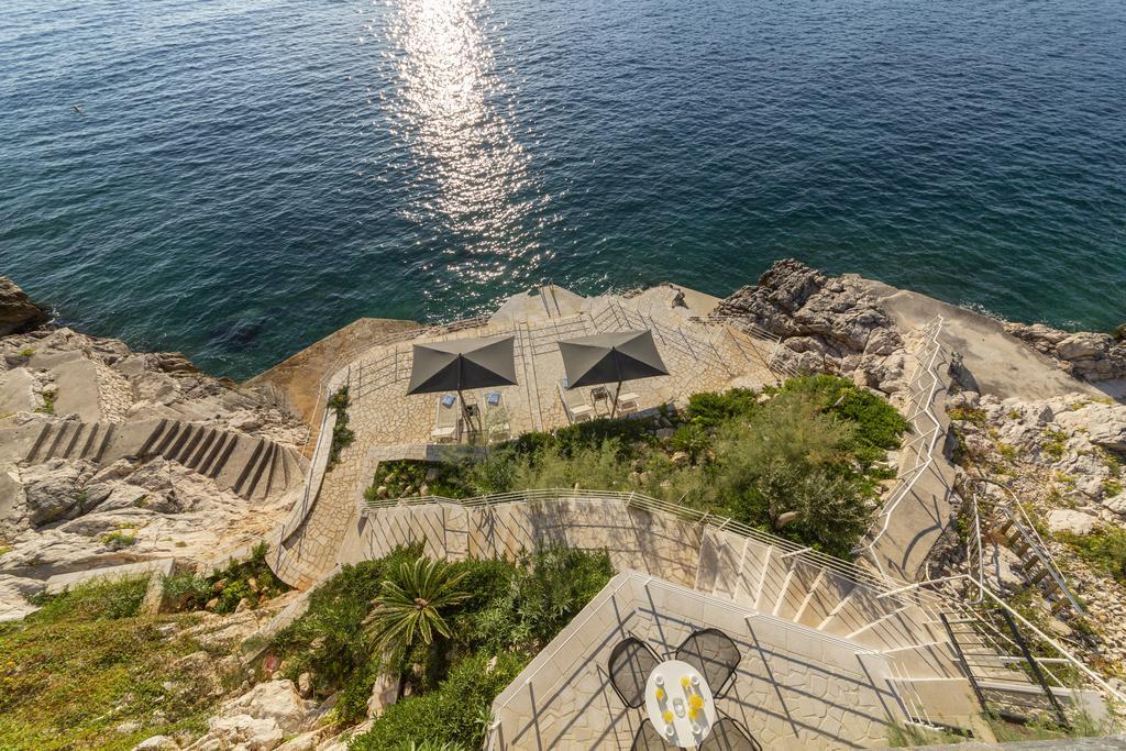 Seafront Villa in Dubrovnik, Real Estate, for sale