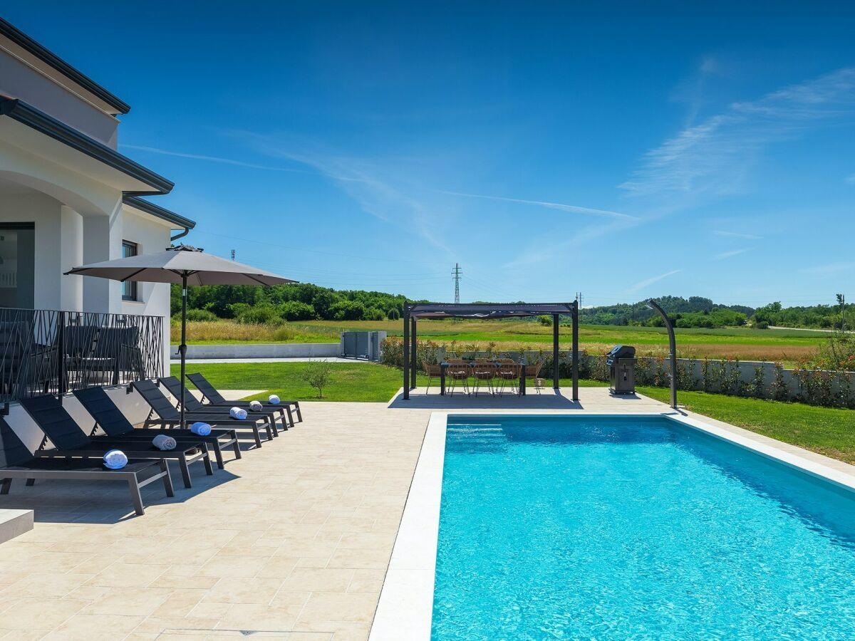 New 2020 house for sale, Istria Motovun, pool, garage
