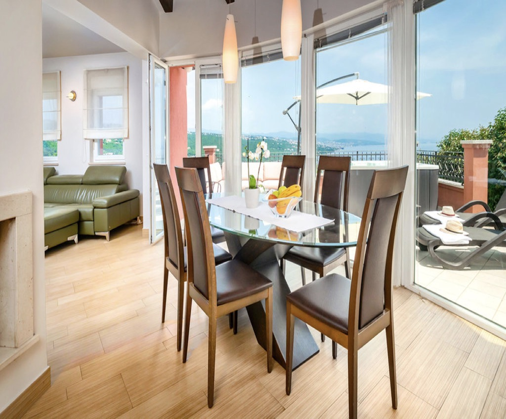 Sea view house for sale in Opartija, city center, garage, Croatia