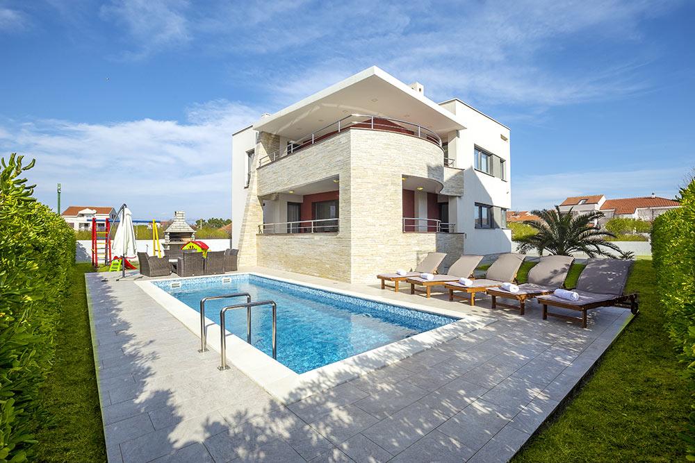 House in Zadar region, Nin, Croatia, pool, parking,near sea